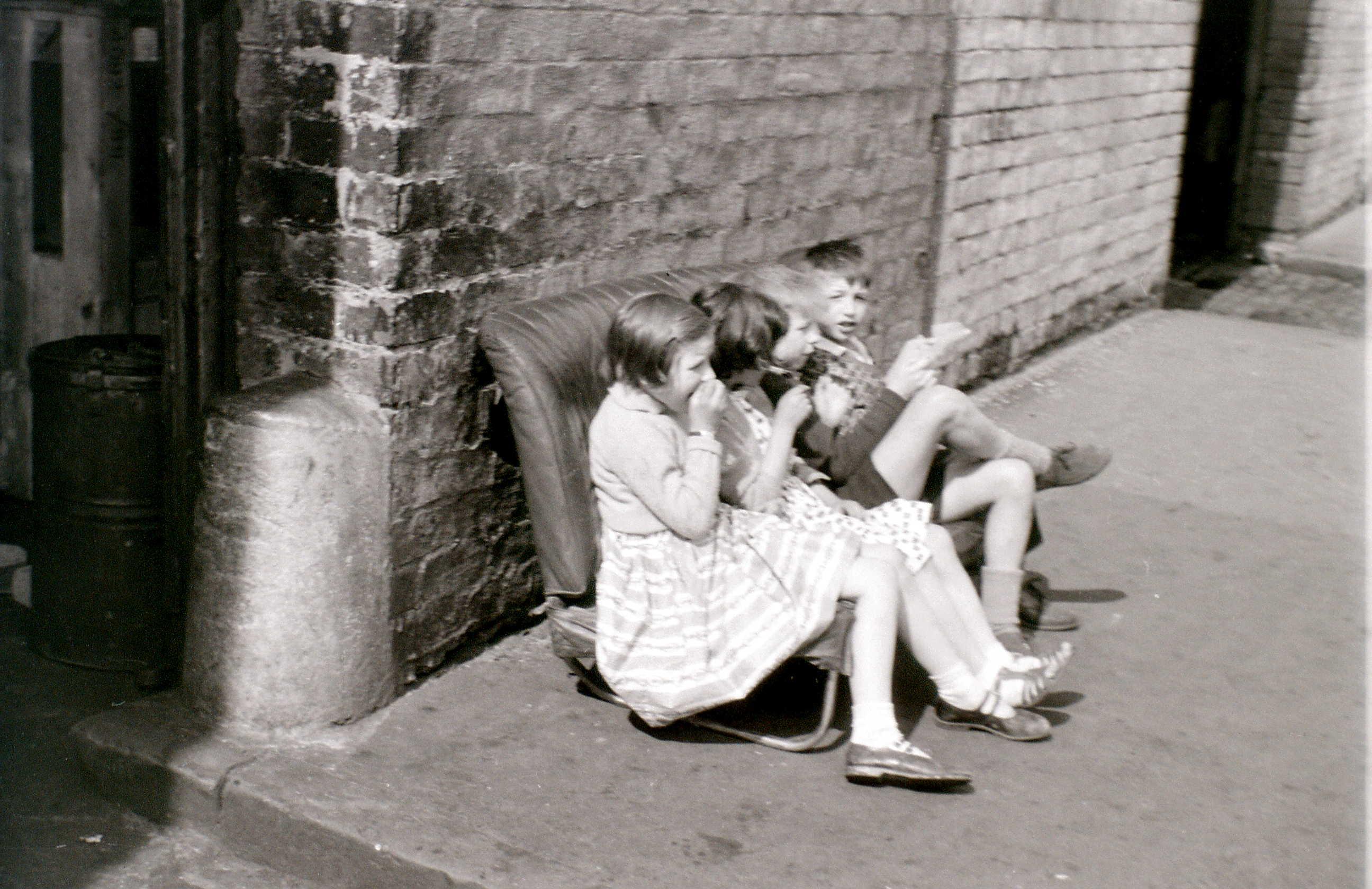 Горбалс, Глазго, 19 апреля 1960 5.jpg