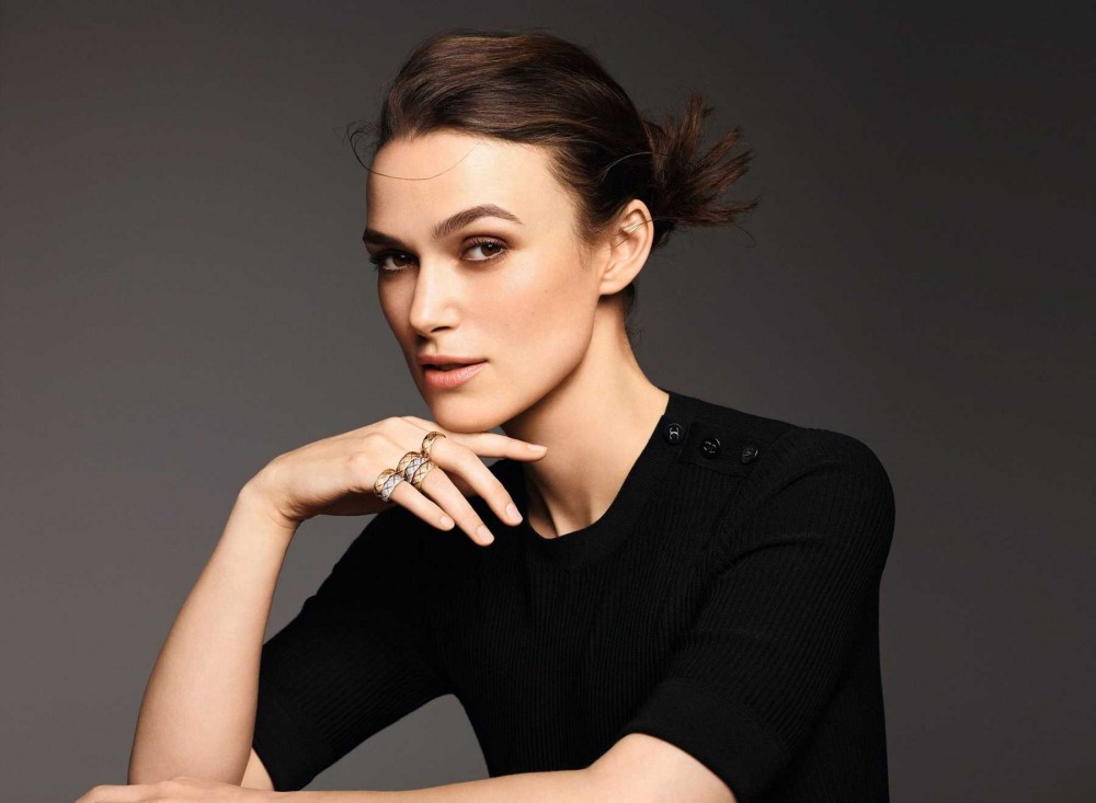 "Keira-Knightley-COCO-CRUSH-""My-Way-my-Allure""-campaign-October-201893b48e1011406894.jpg"