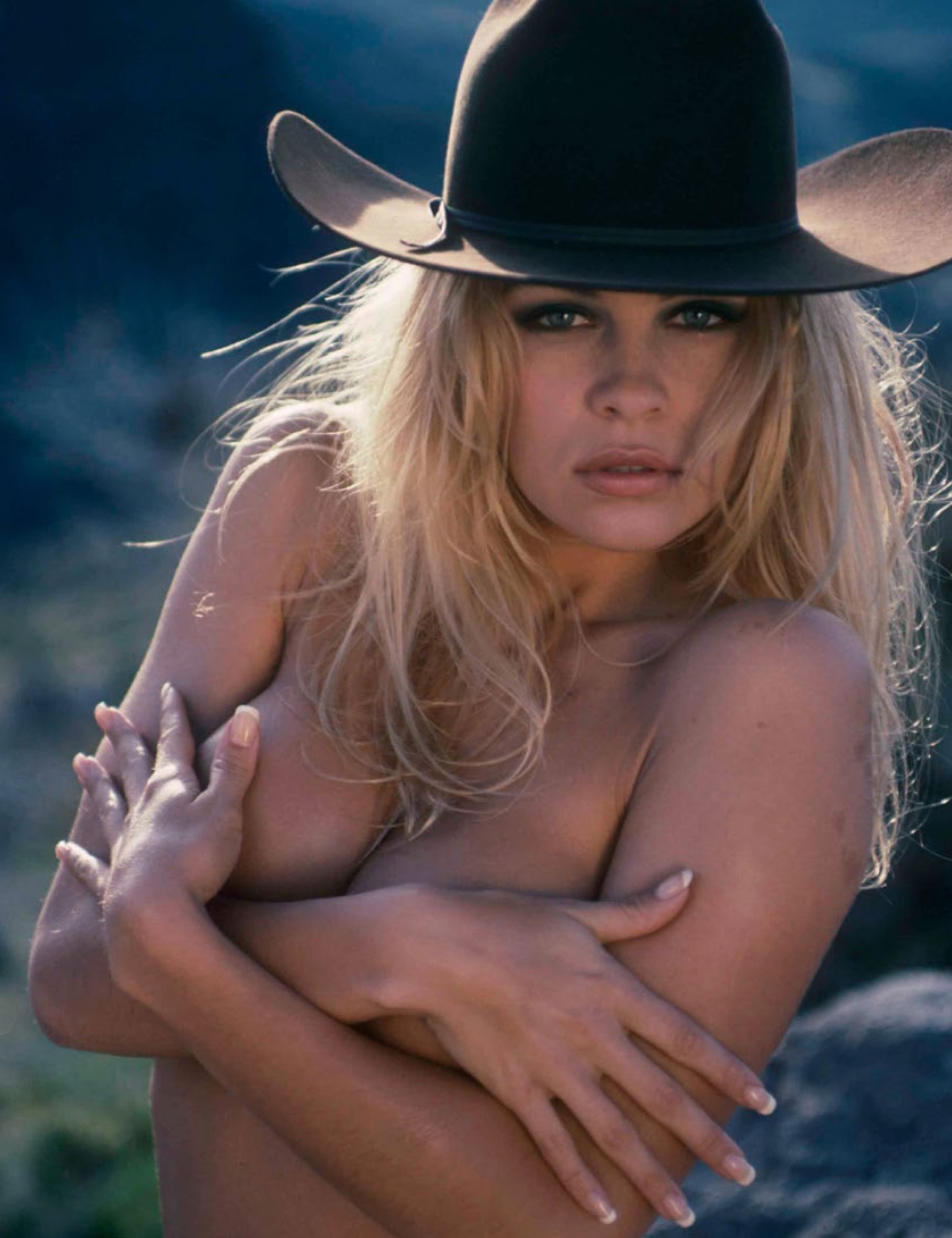 Pam anderson at topless beach, mature hairy pussy fuck