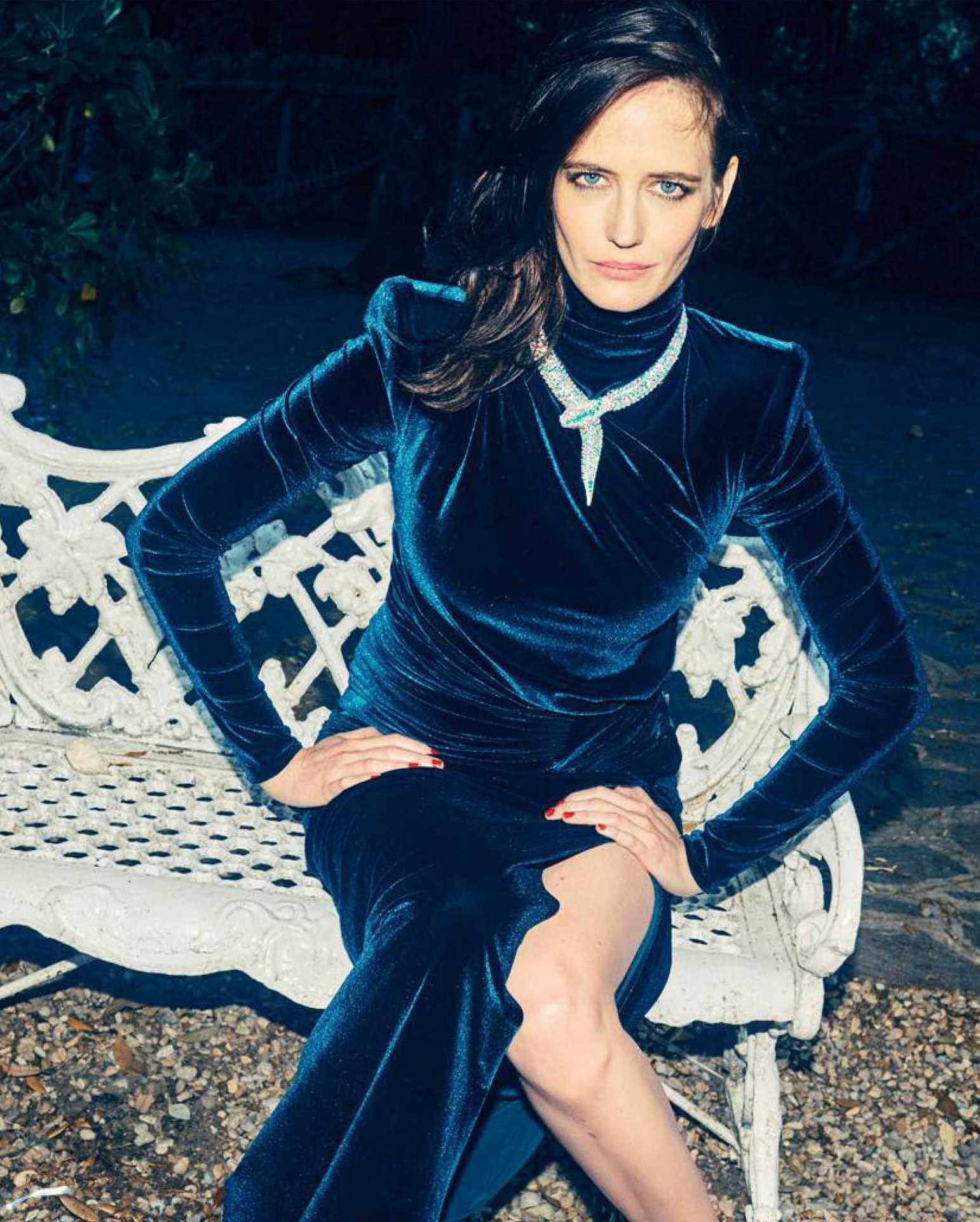 Eva-Green-Madame-Figaro-November-20186d02d91026353374.jpg