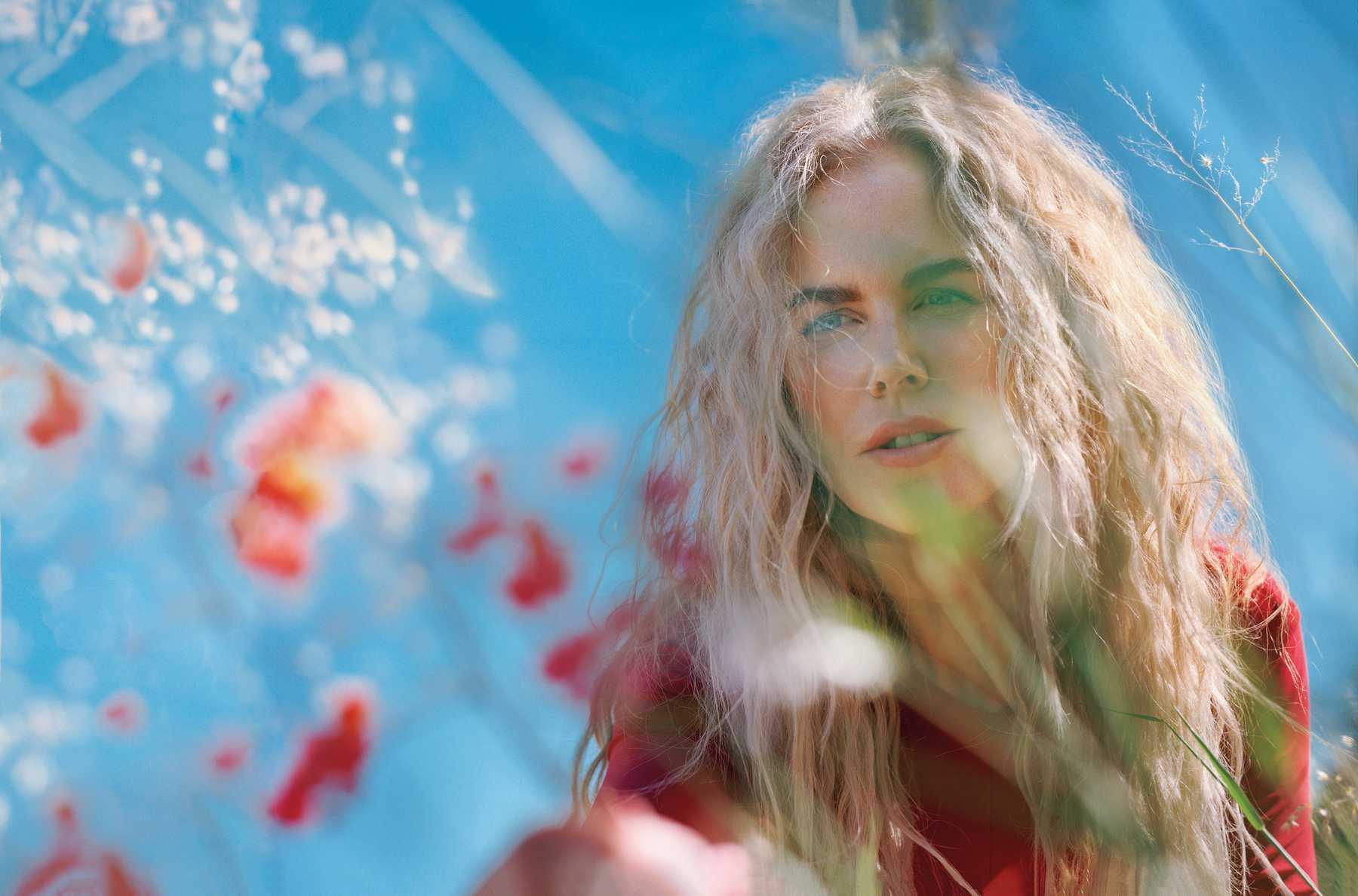 Nicole-Kidman-Allure-December-2018-January-20195.jpg