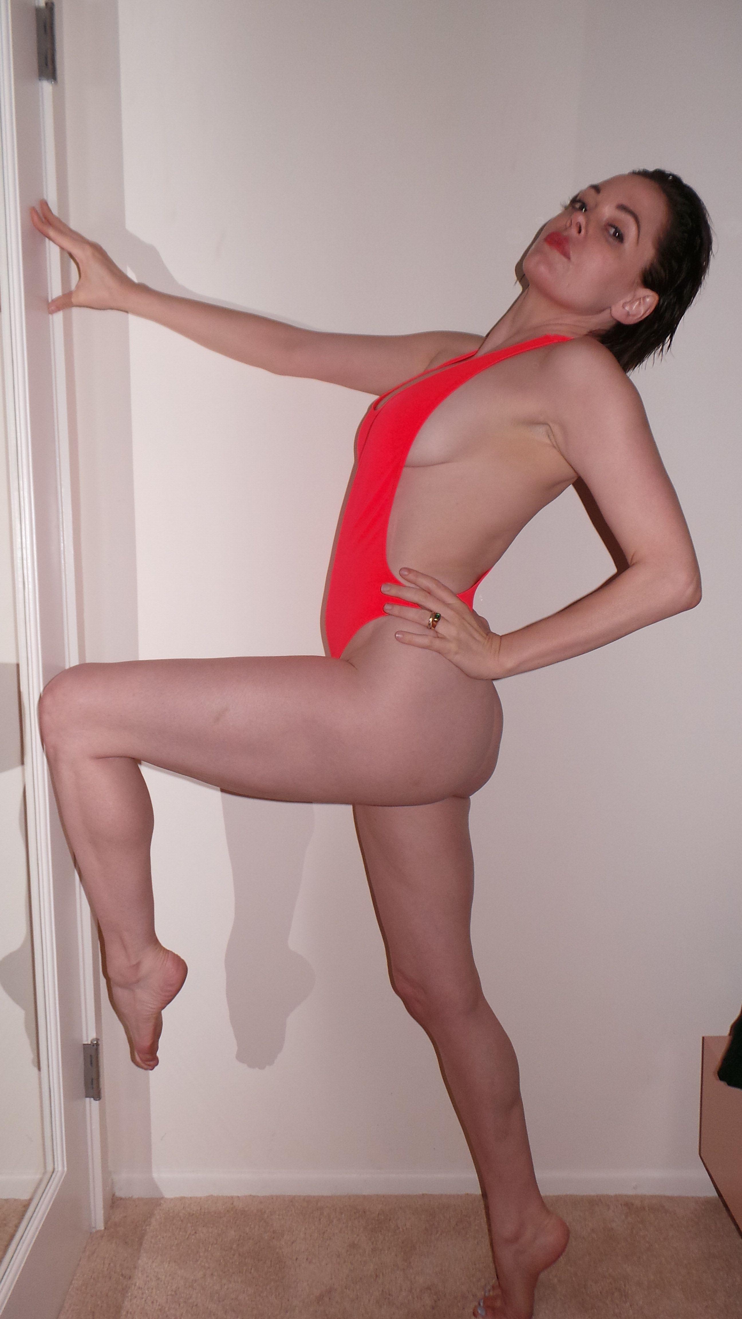 Rose-McGowan-nude-EDVAAK.jpg