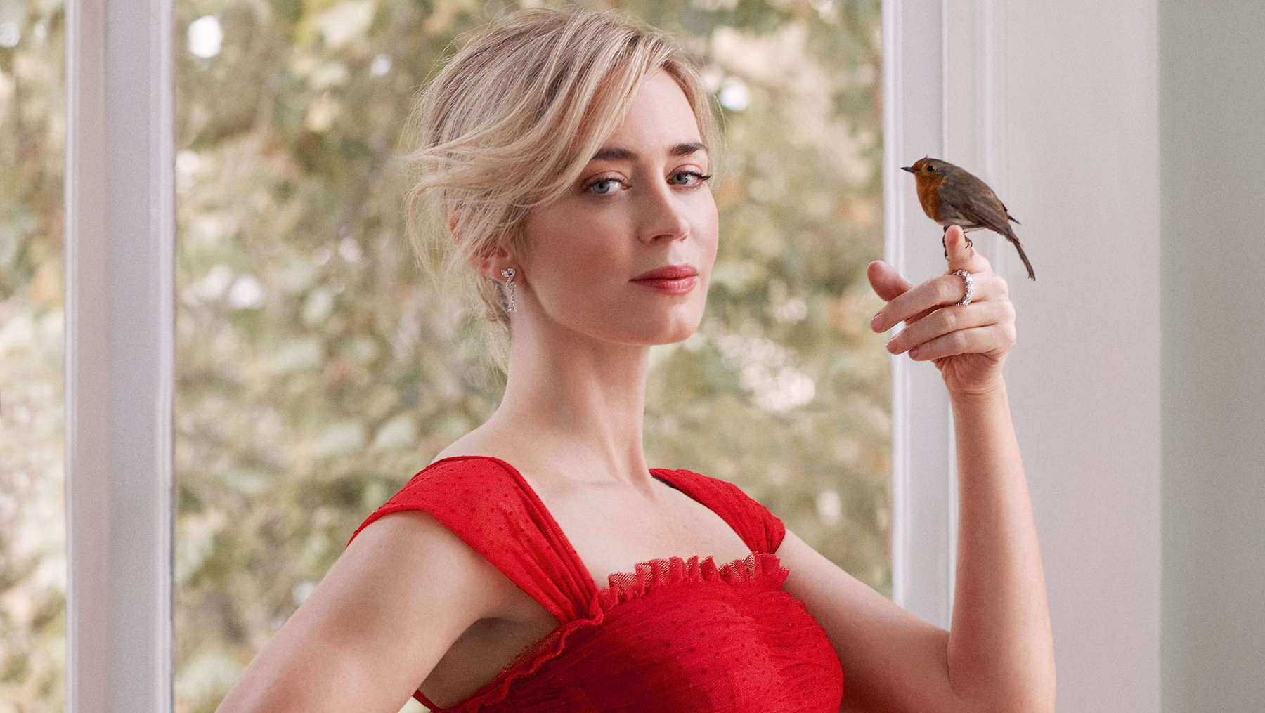 Emily-Blunt-Harpers-Bazaar-UK-January-20191.jpg