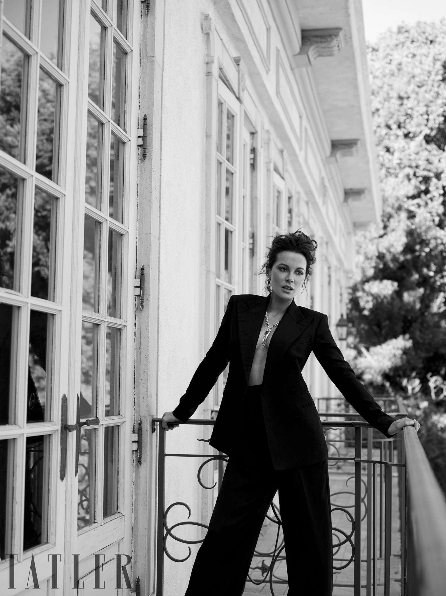 Kate-Beckinsale-Tatler-January-20191.jpg