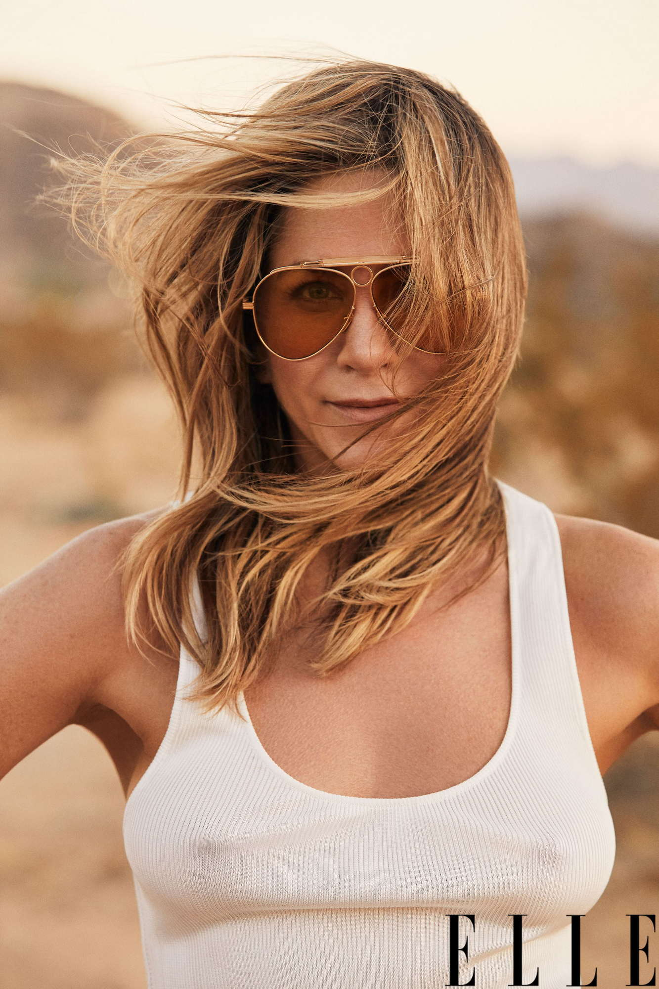 Jennifer-Aniston-Elle-US-January-20191.jpg