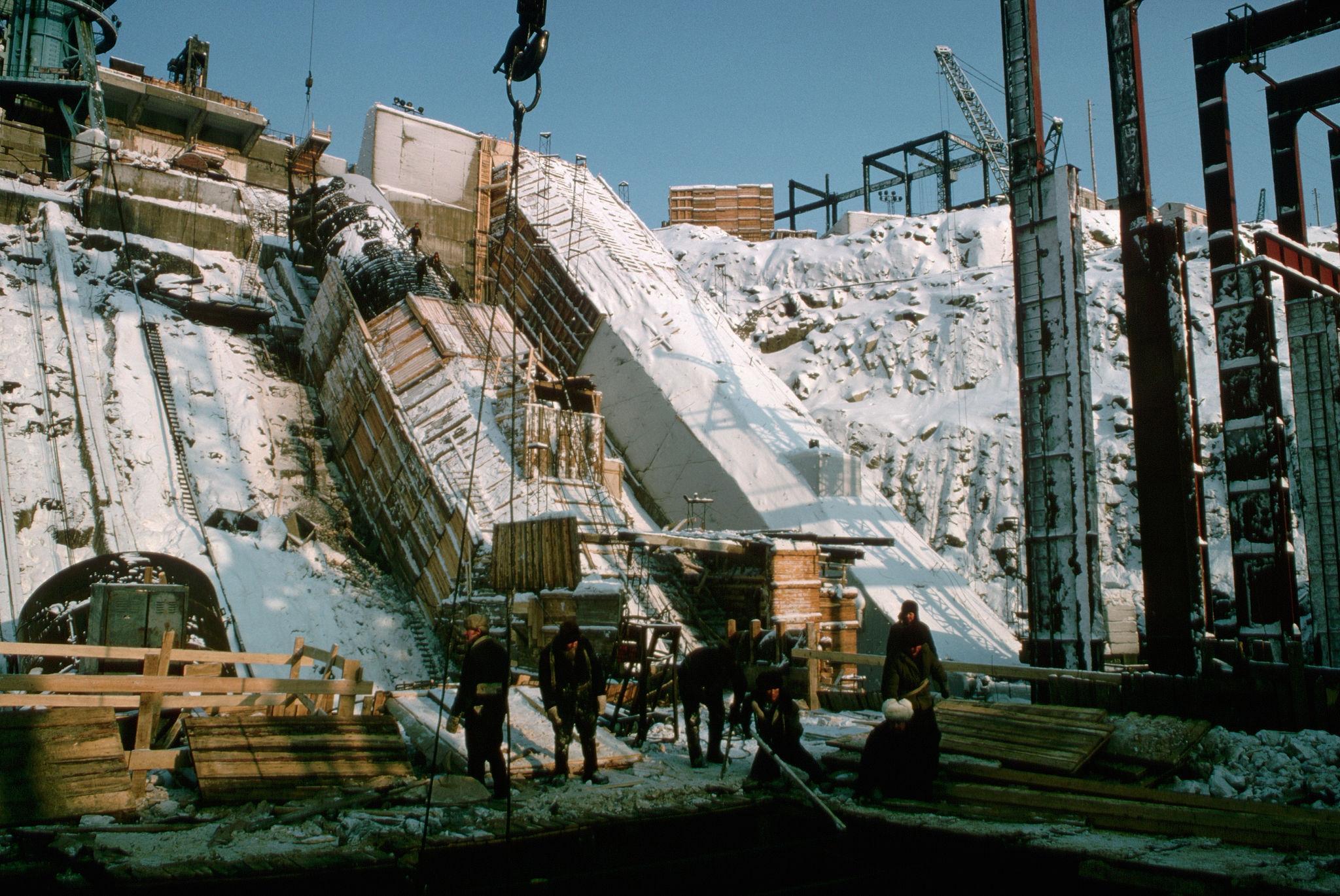 Вилюйская ГЭС.jpg