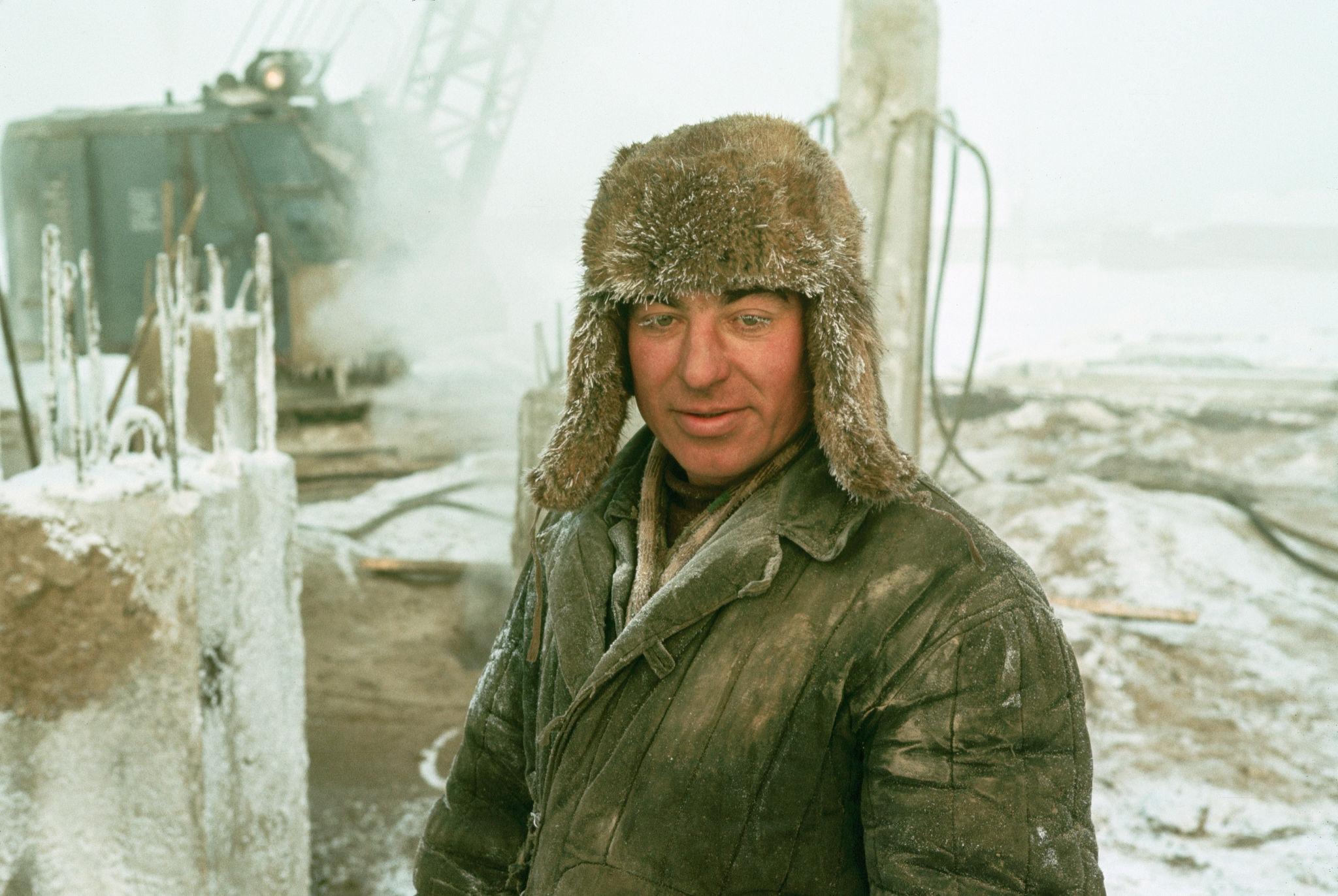 Якутск. Портрет строителя.jpg