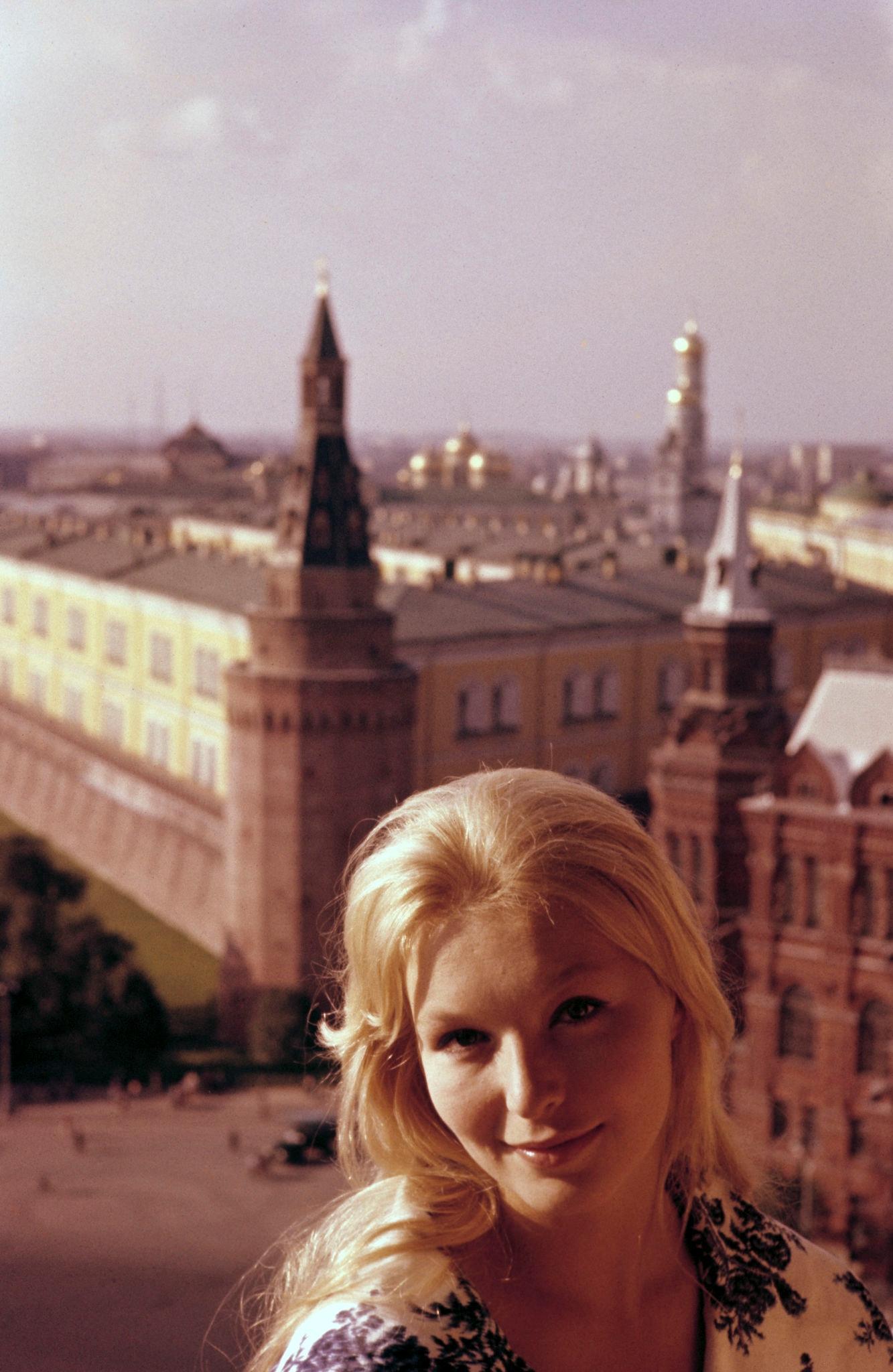 1963. Марина Влади (1).jpg