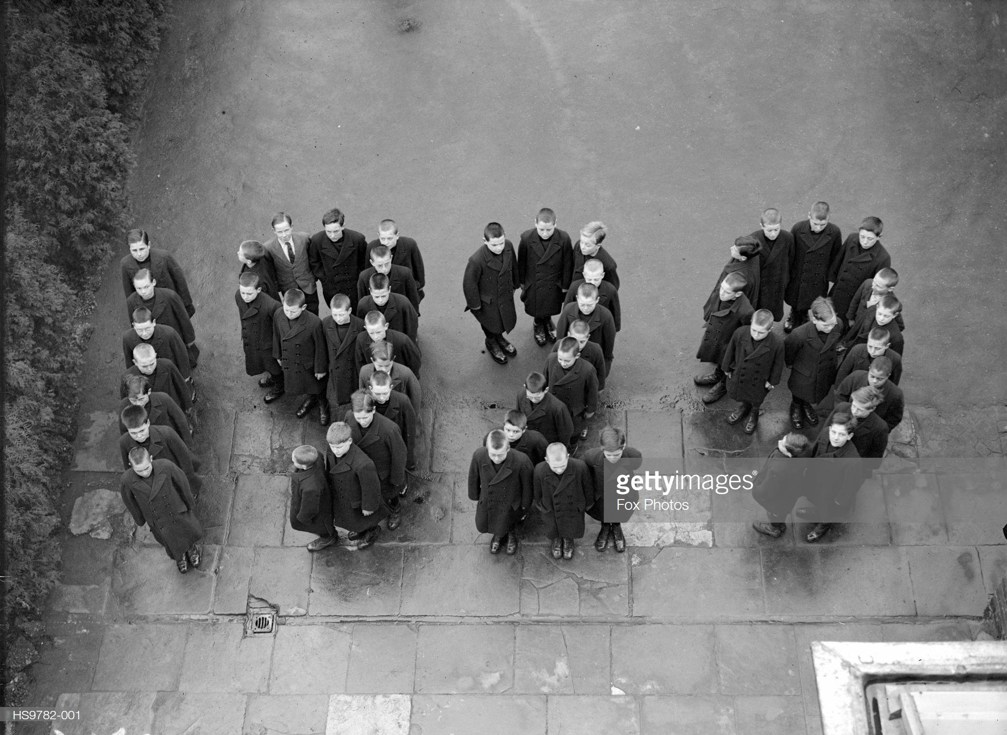 1929. Дети из школы доктора Бернарда.jpg