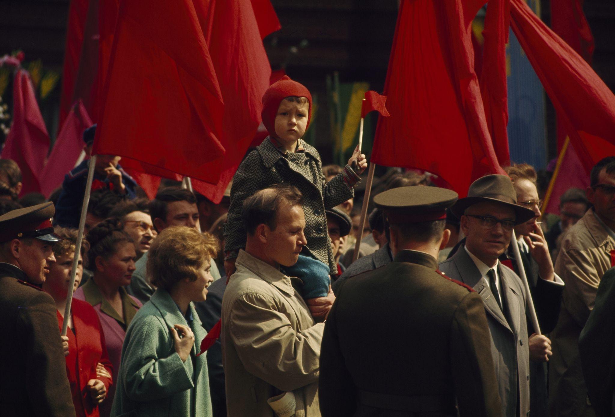 Первомайская демонстрация. 1964 (2).jpg