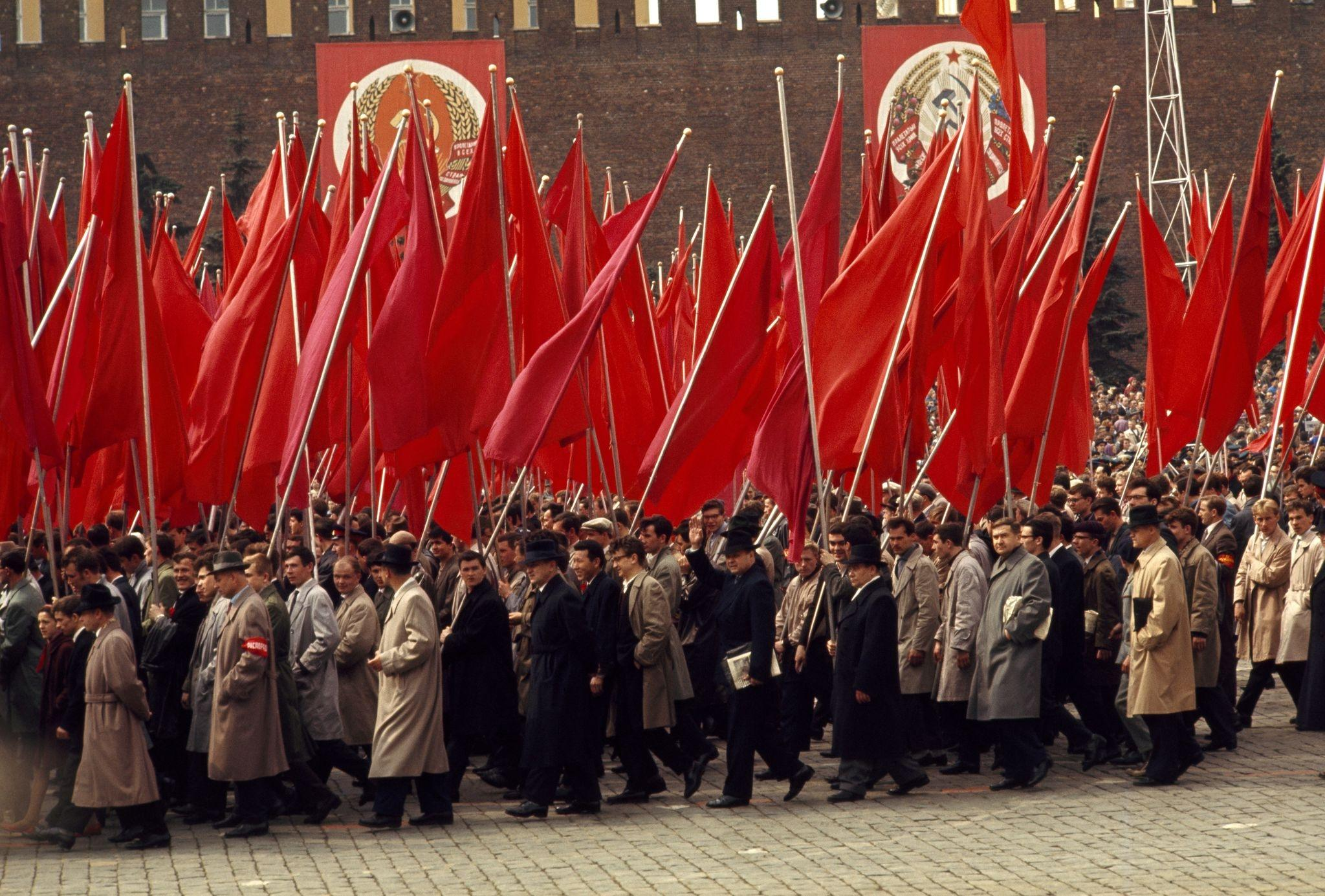 Первомайская демонстрация. 1964 (3).jpg