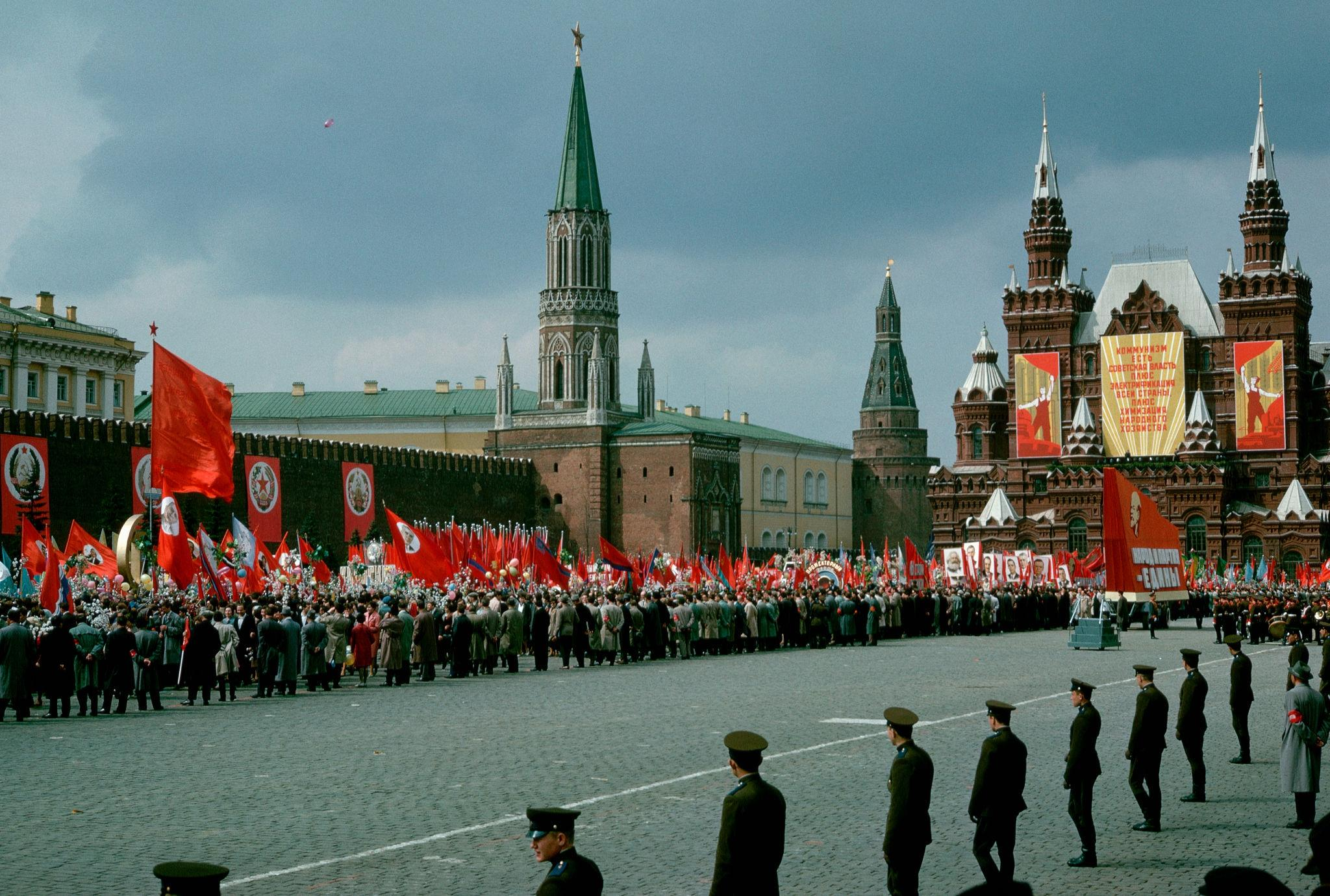 Первомайский военный парад. 1964 (2).jpg