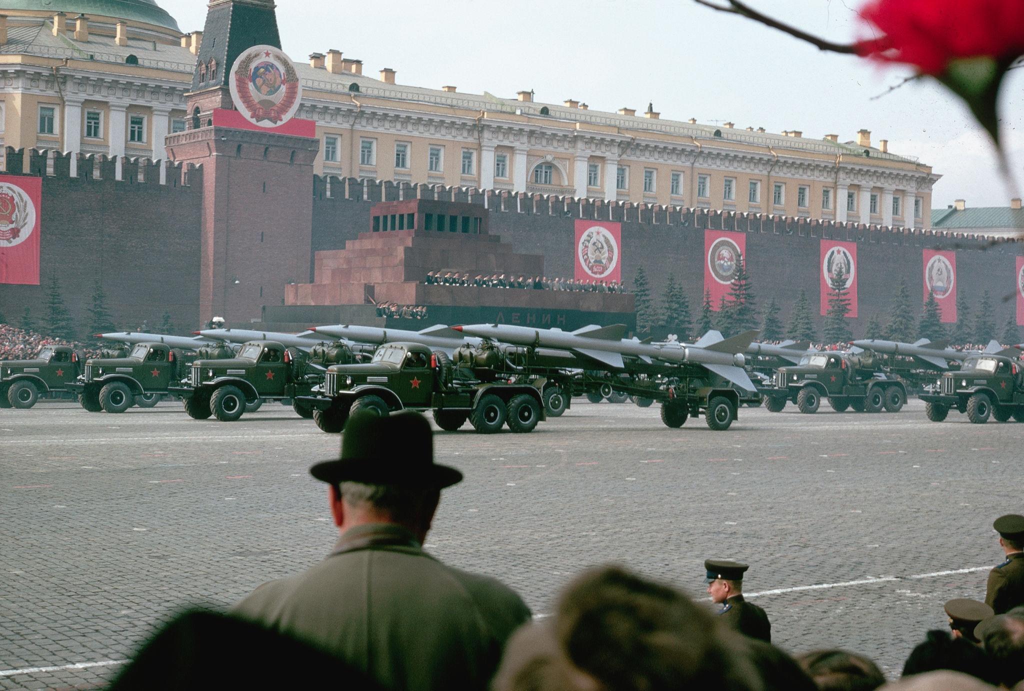 Первомайский военный парад. 1964 (4).jpg