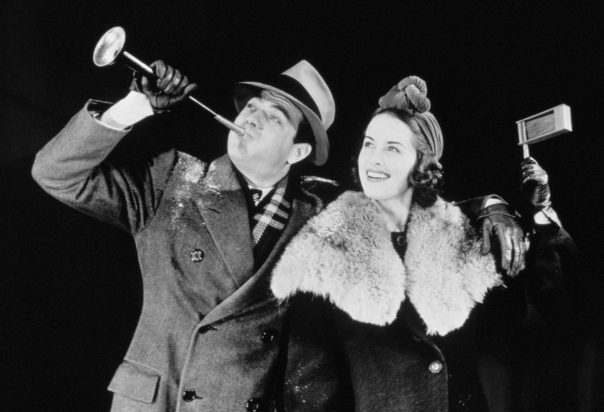 1939. Пара отмечает Новый год.jpg
