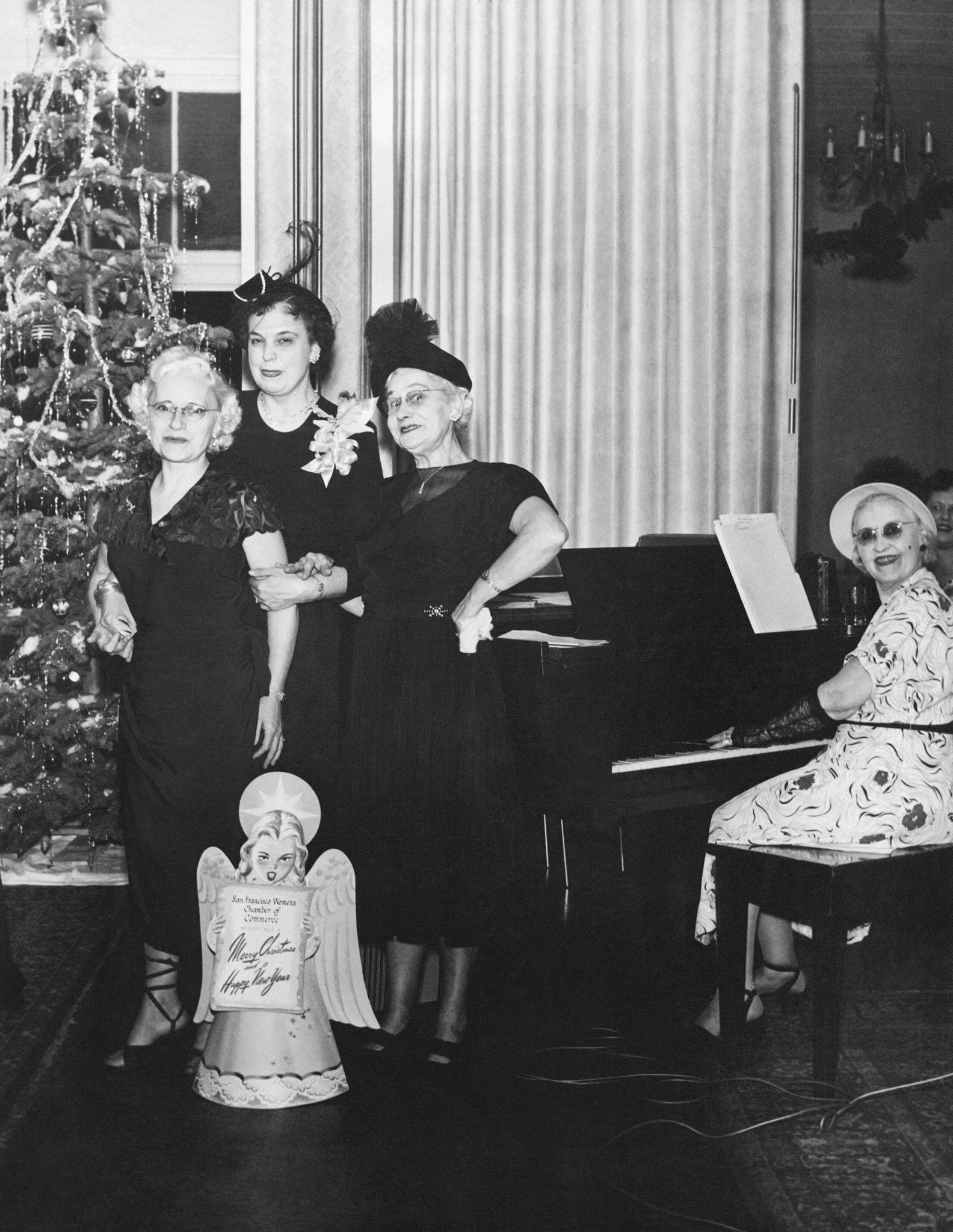 1940. Веселые члены Торговой палаты Сан-Франциско желают вам счастливого Рождества и Нового года, Сан-Франциско, Калифорния.jpg