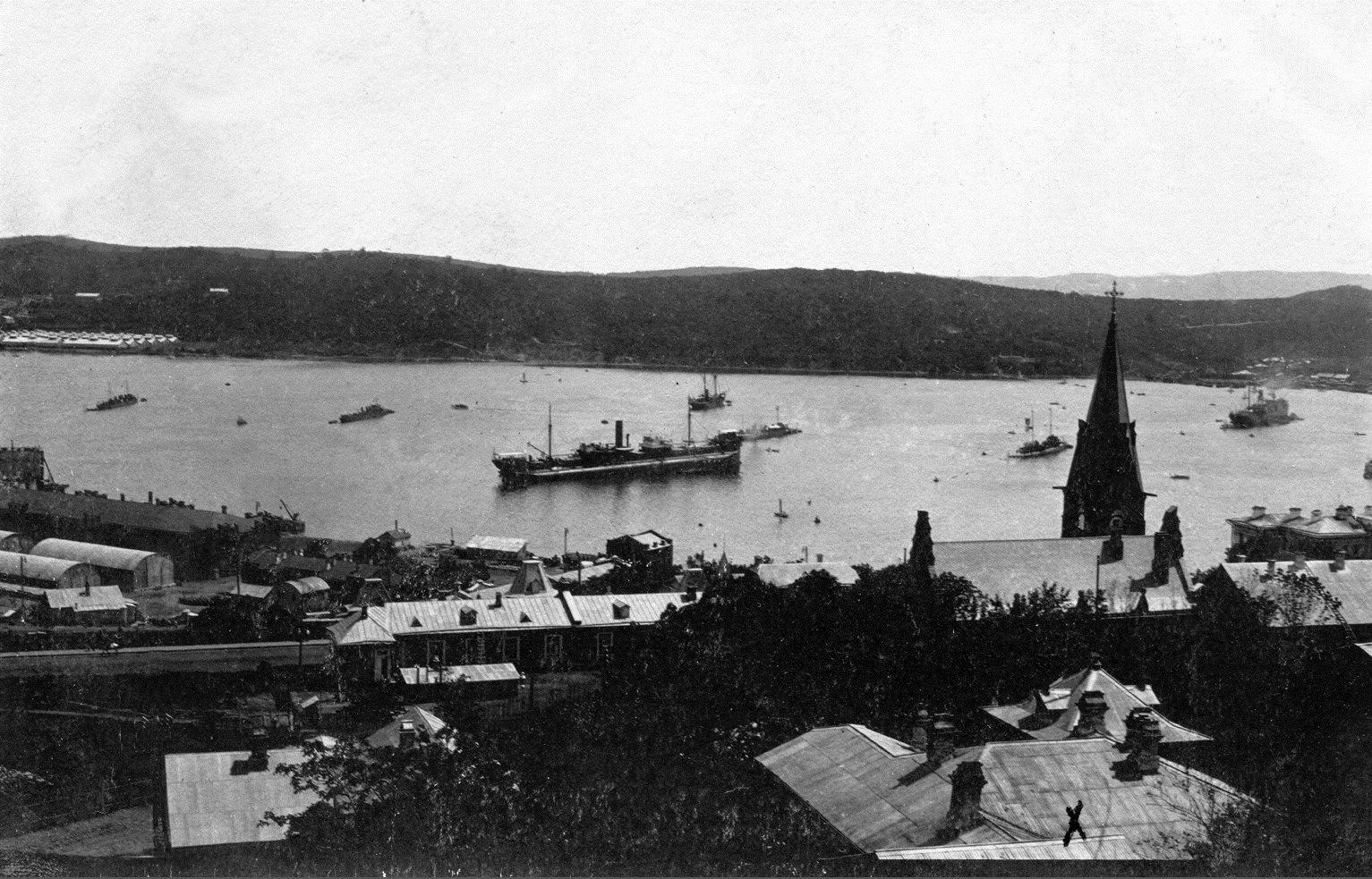 Вид на б. Золотой Рог. 1912