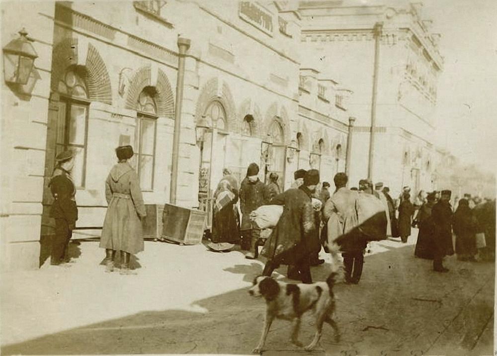 Вокзал Велико-Сибирской железной дороги. 1895