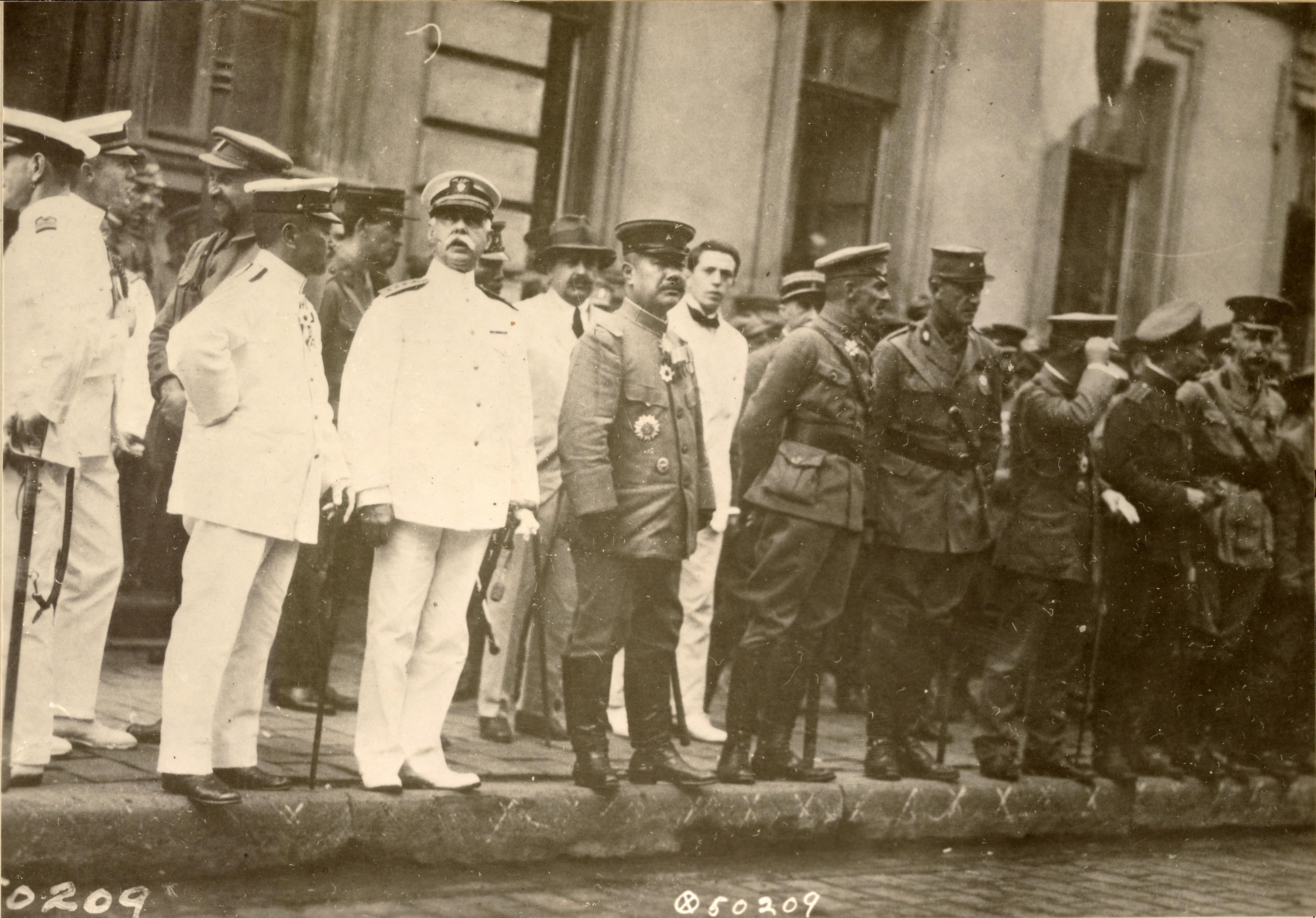 Высадка и прохождение японских войск. Начальник штаба Чехословацкого корпуса генерал-майор М.К. Дитерихс