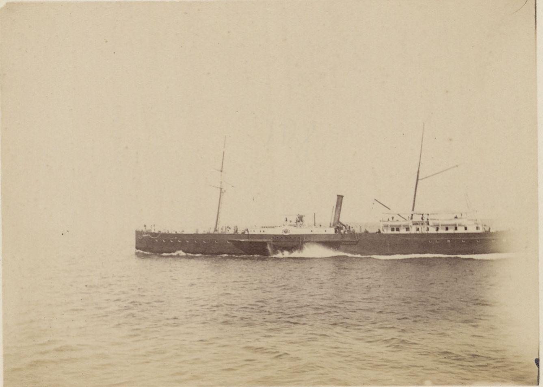 23. На Каспии, судно