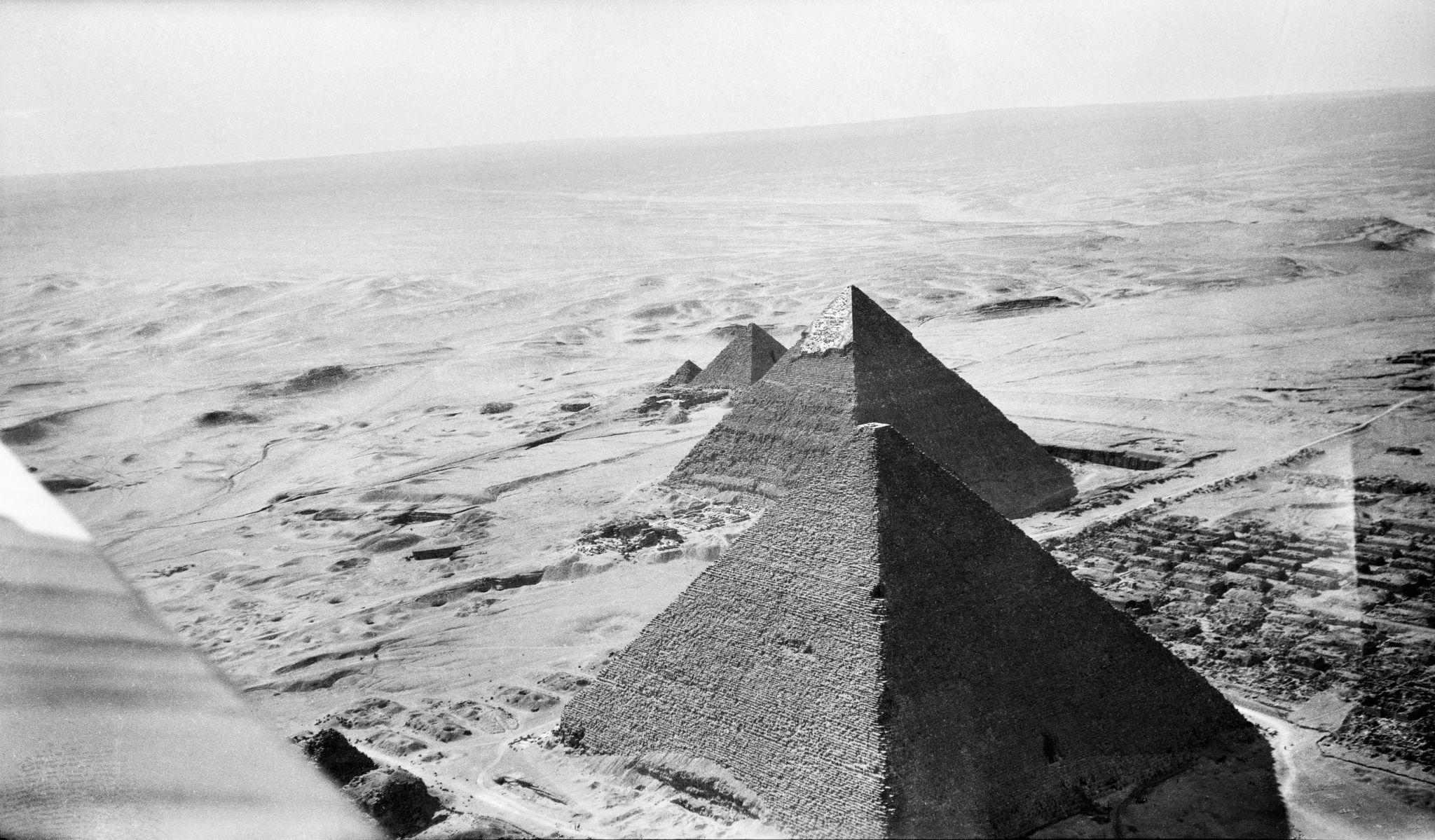 1931. Пирамиды Гизы с воздуха