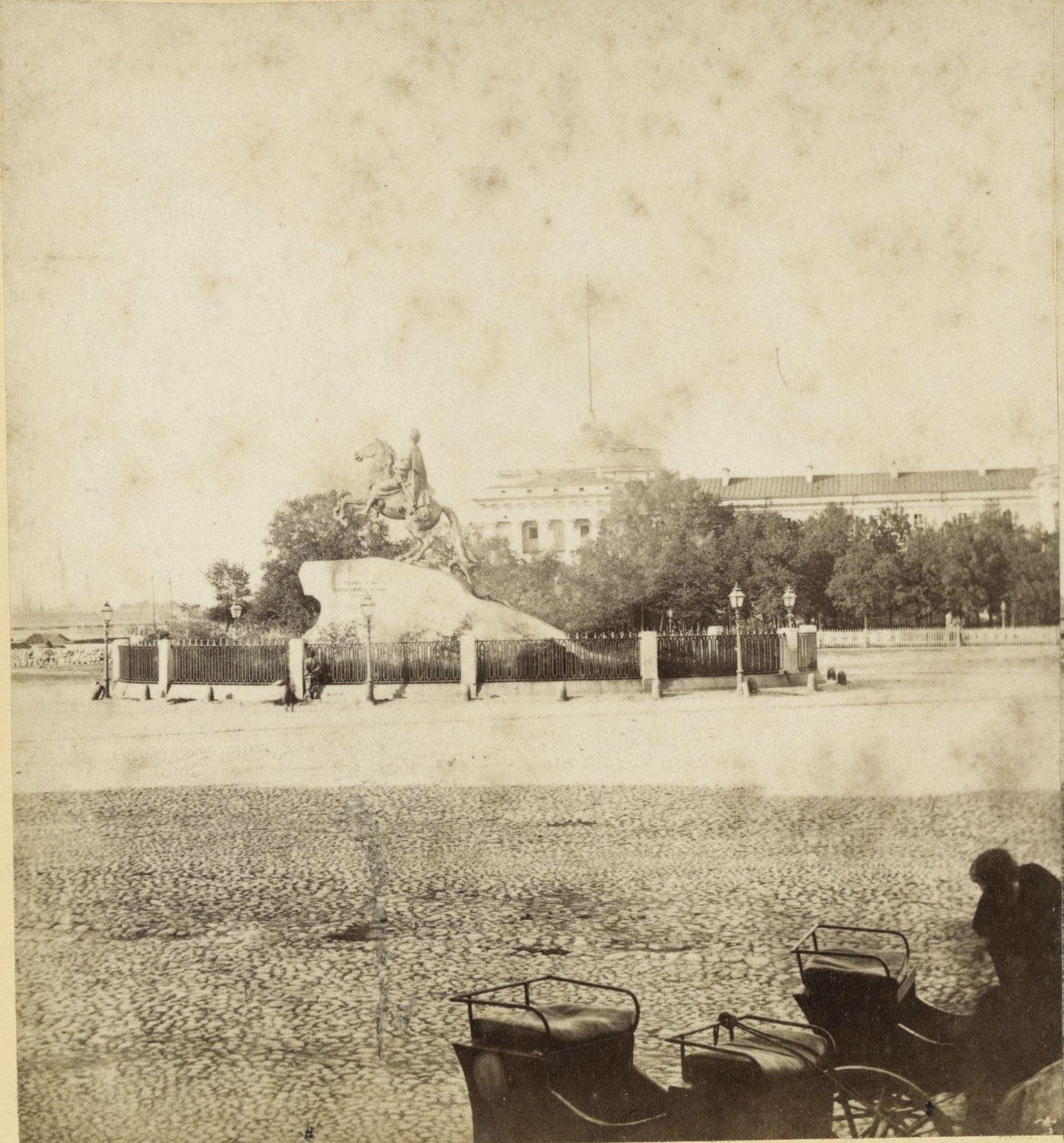 Петровская пл. и Адмиралтейство. 1868