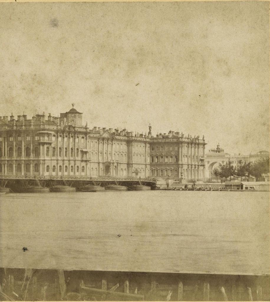 Зимний дворец и арка Главного штаба