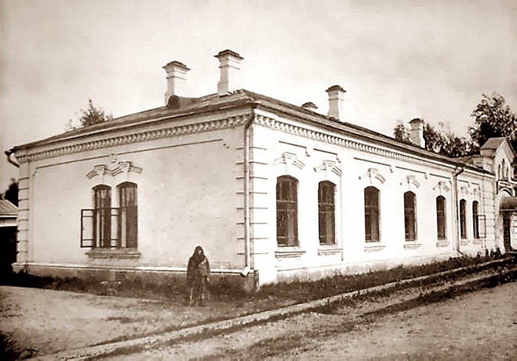Убежище имени А.П. Коновалова для хроников и престарелых рабочих (богадельня)