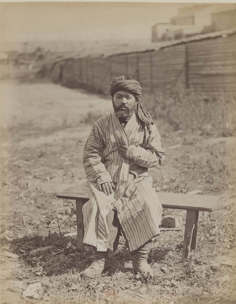 Бухарец (2)