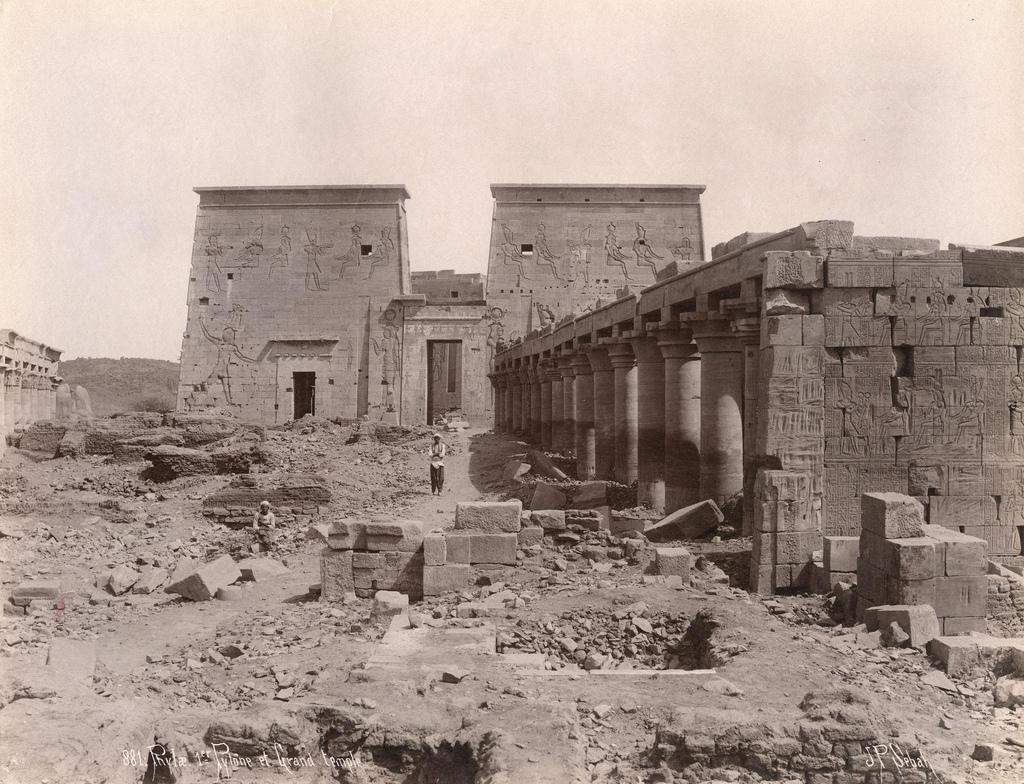 1880. Филе. Первый пилон и большой храм Изиды