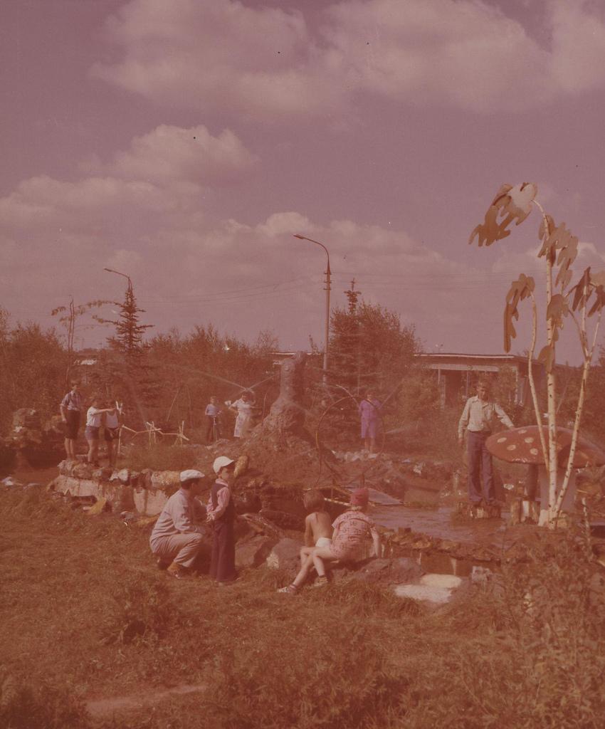 Московская область. Дом отдыха «Монино». Детская игровая площадка