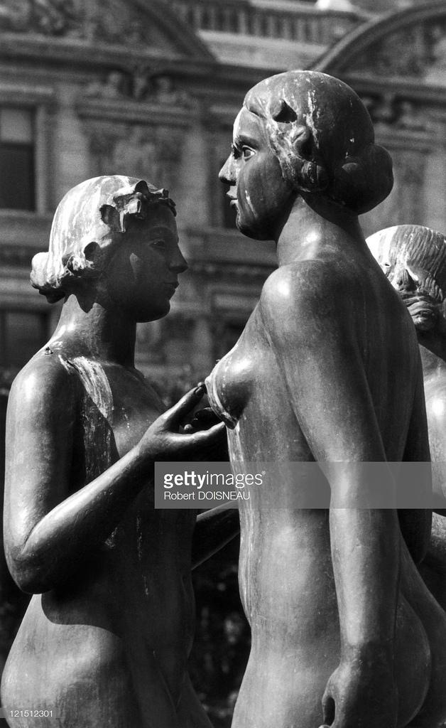 1972. Майольские нимфы, сад Тюильри