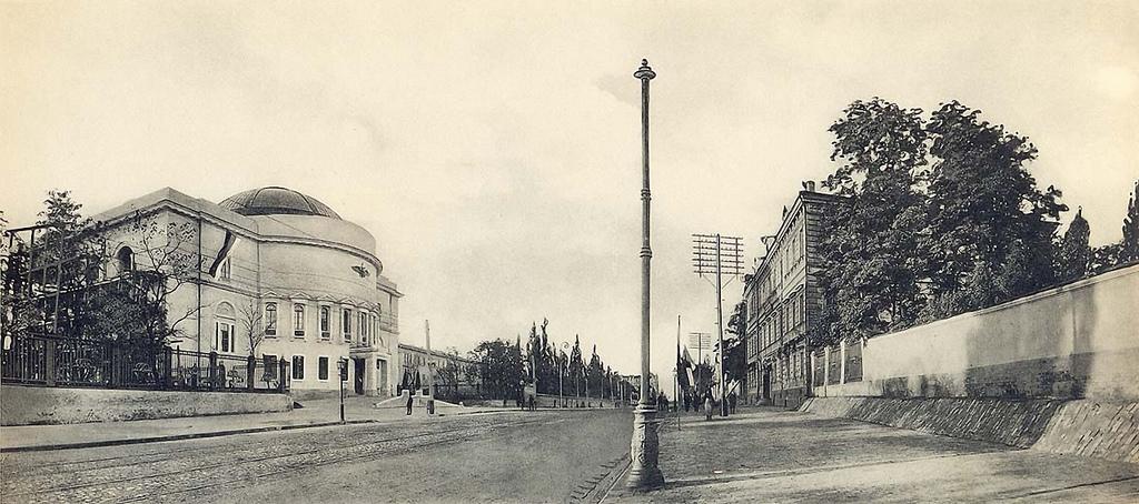 Владимирская улица. 1911—1912.
