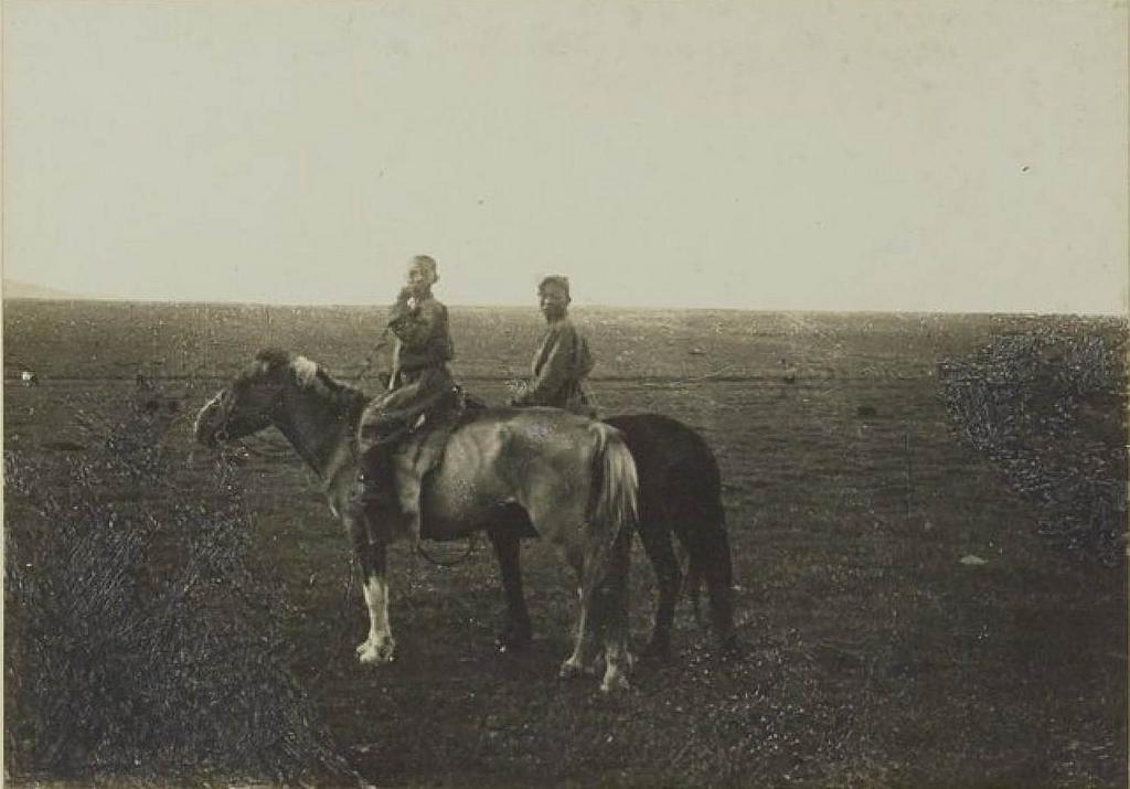 09. Молодые пастухи долины Тамер-Гол (16 июля)