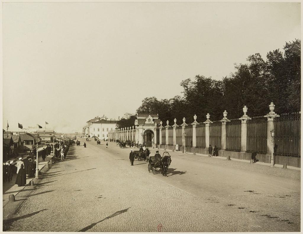 Дворцовая набережная у Летнего сада. 1900-е
