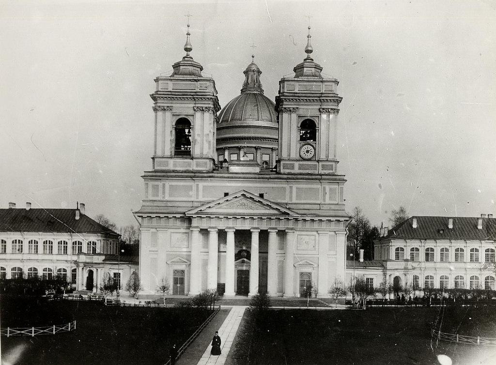 Свято-Троицкий собор Александро-Невской лавры, 1910-е