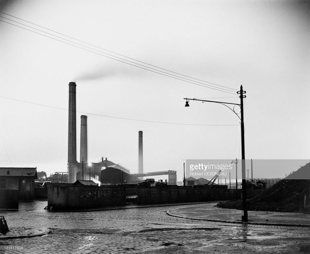 1949. Сан-Дени. Фабрика