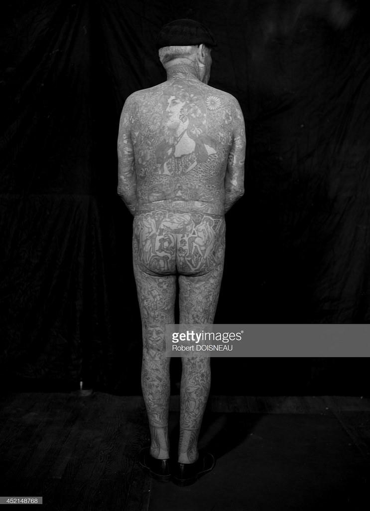1950. Г-н Ришардо, самый татуированный человек в мире