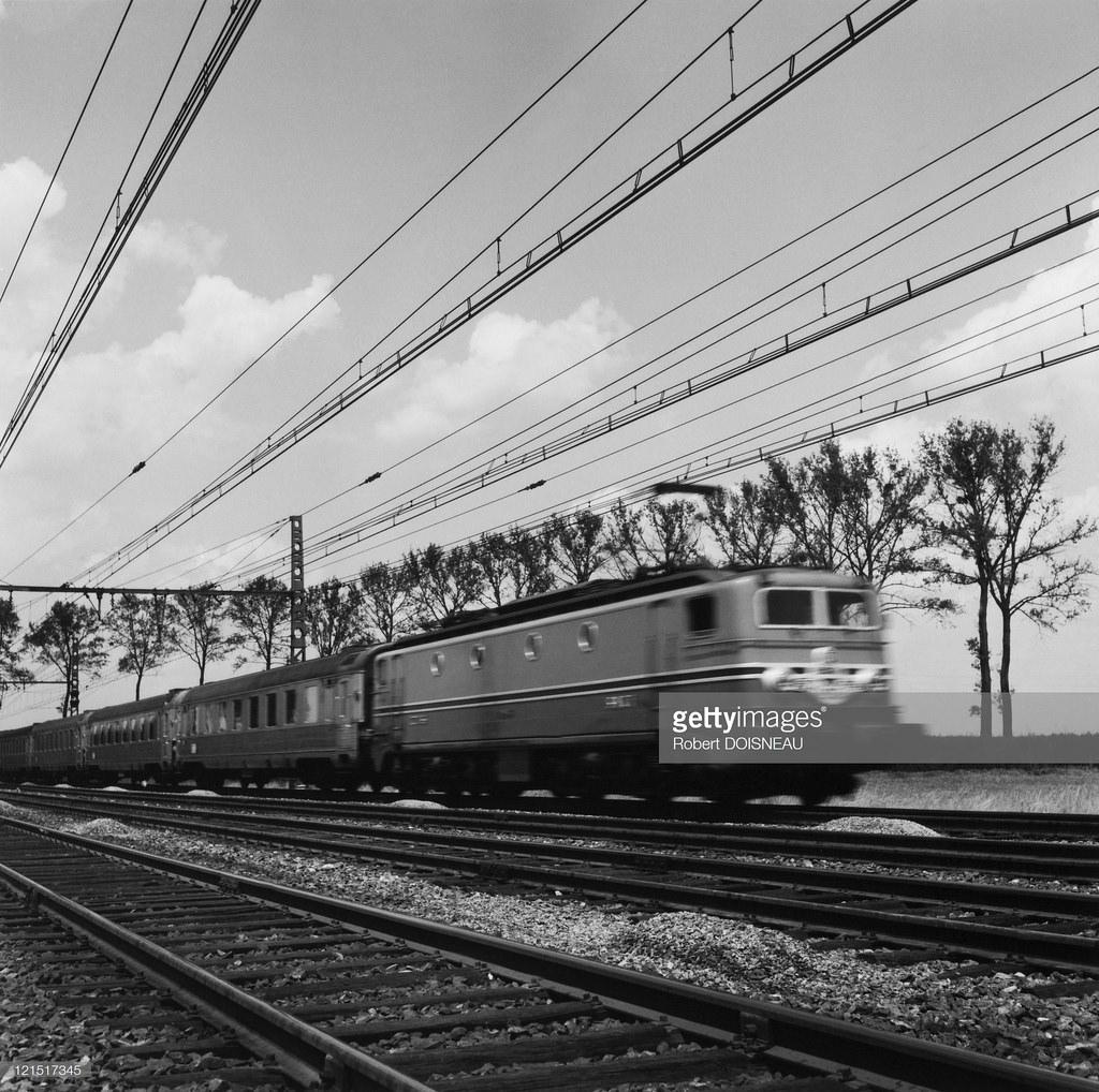 1957. Поезд Мистраль, связывающий Париж с Ниццей