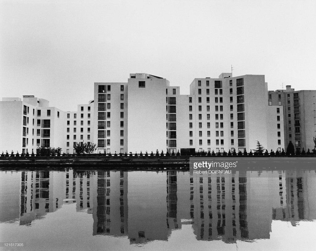 1984. Сен-Дени. Канал и здания