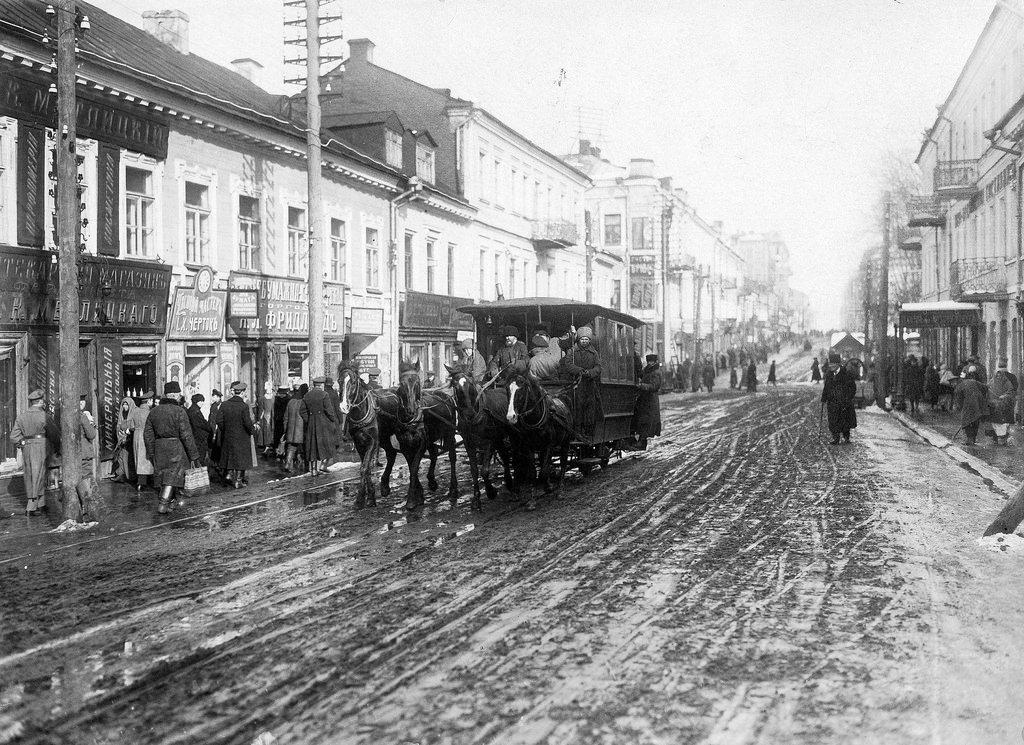 Конка на Захарьевской улице