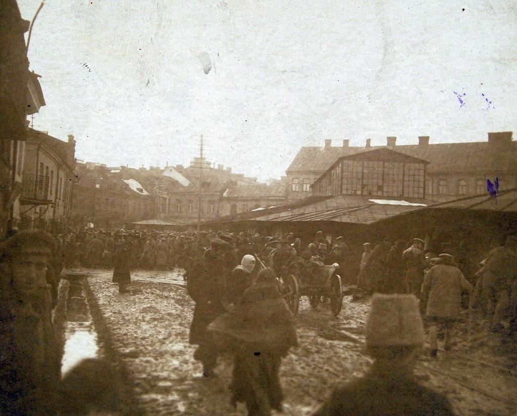Площадь Нижнего Рынка