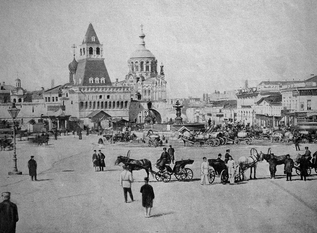 Лубянская площадь. 1890-е