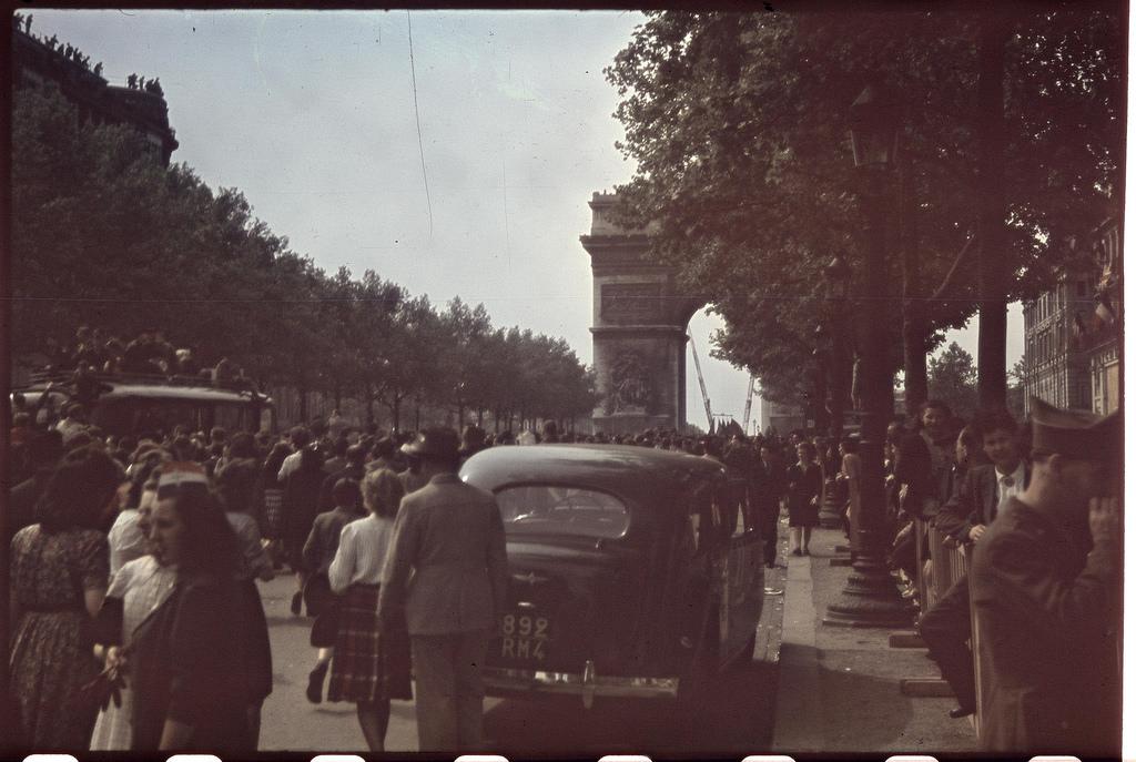 Париж освобожденный