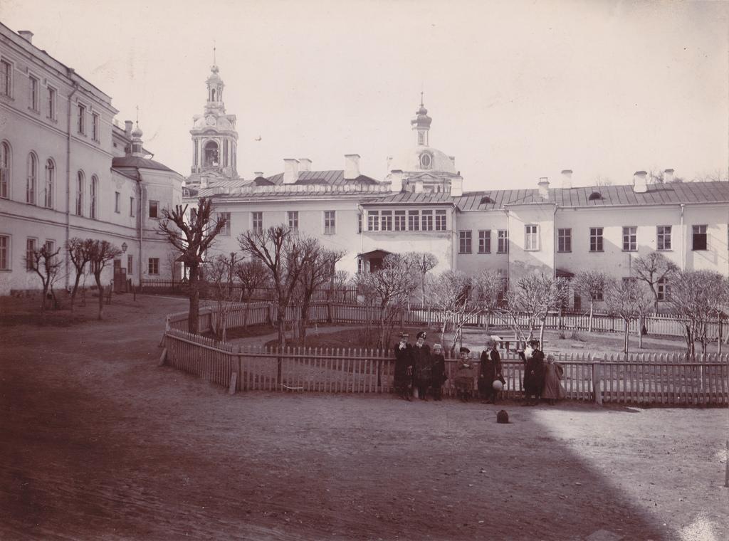 Константиновский Межевой институт. 2-й двор. 1891
