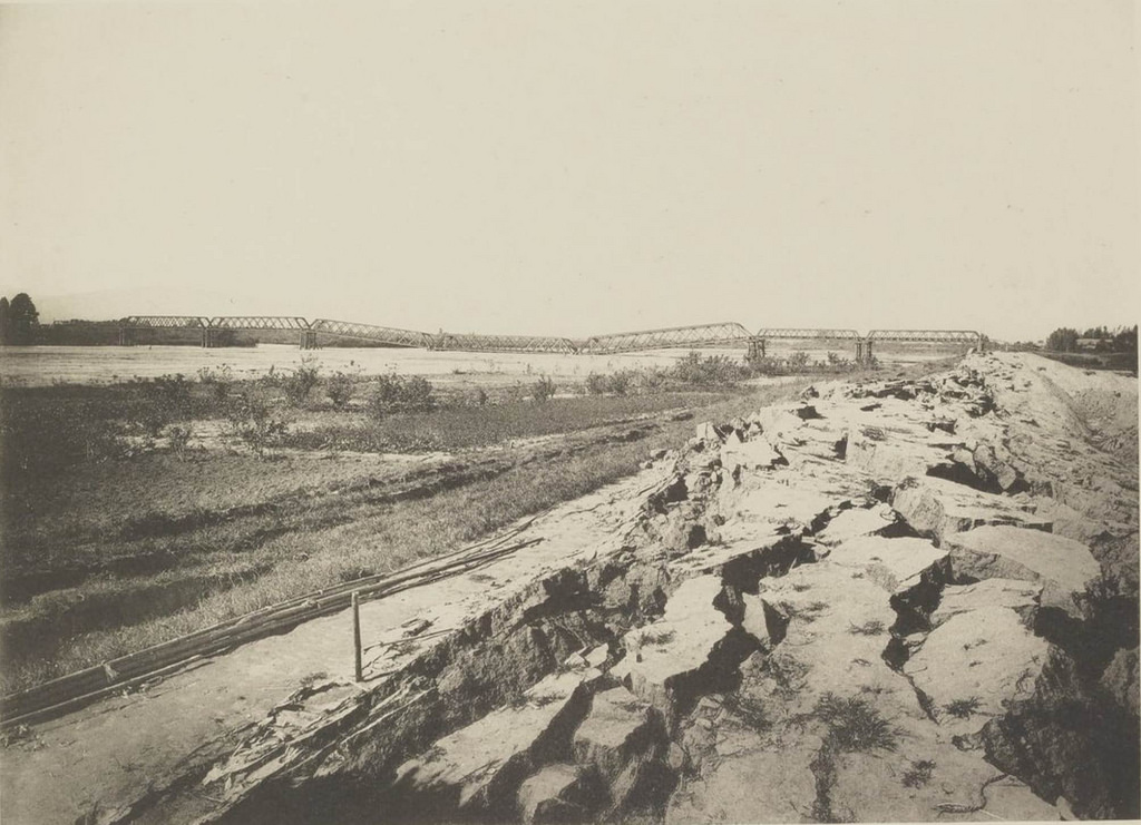 Берега Нагара-гавы после землетрясения