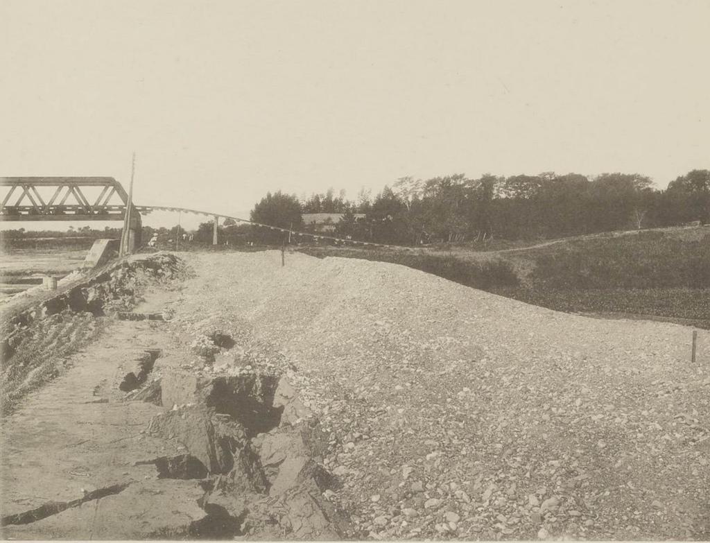 Железнодорожный мост через реку Нагара-гаву