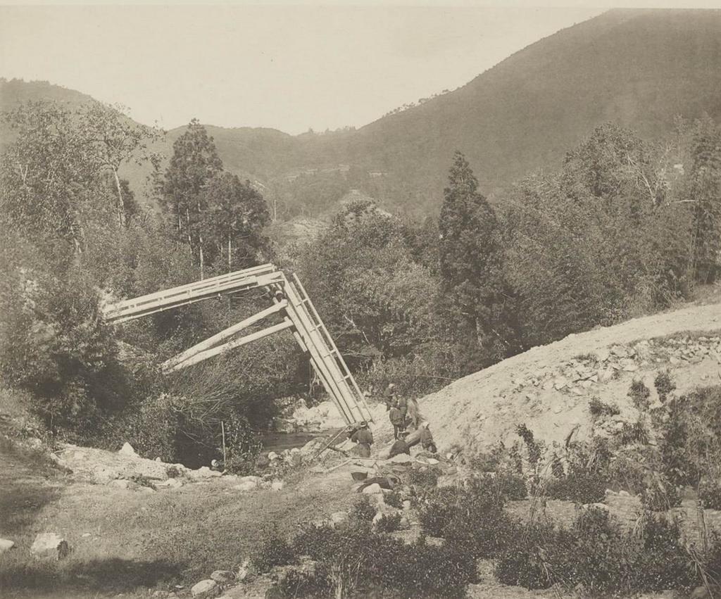 Касамацу. Мост через долину