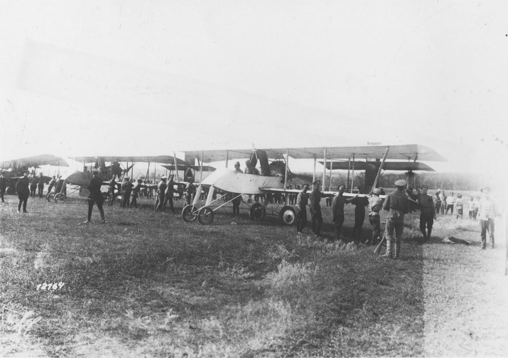 Эскадрилья 1-го Кубанского Казачьего авиационного дивизиона в Ростове