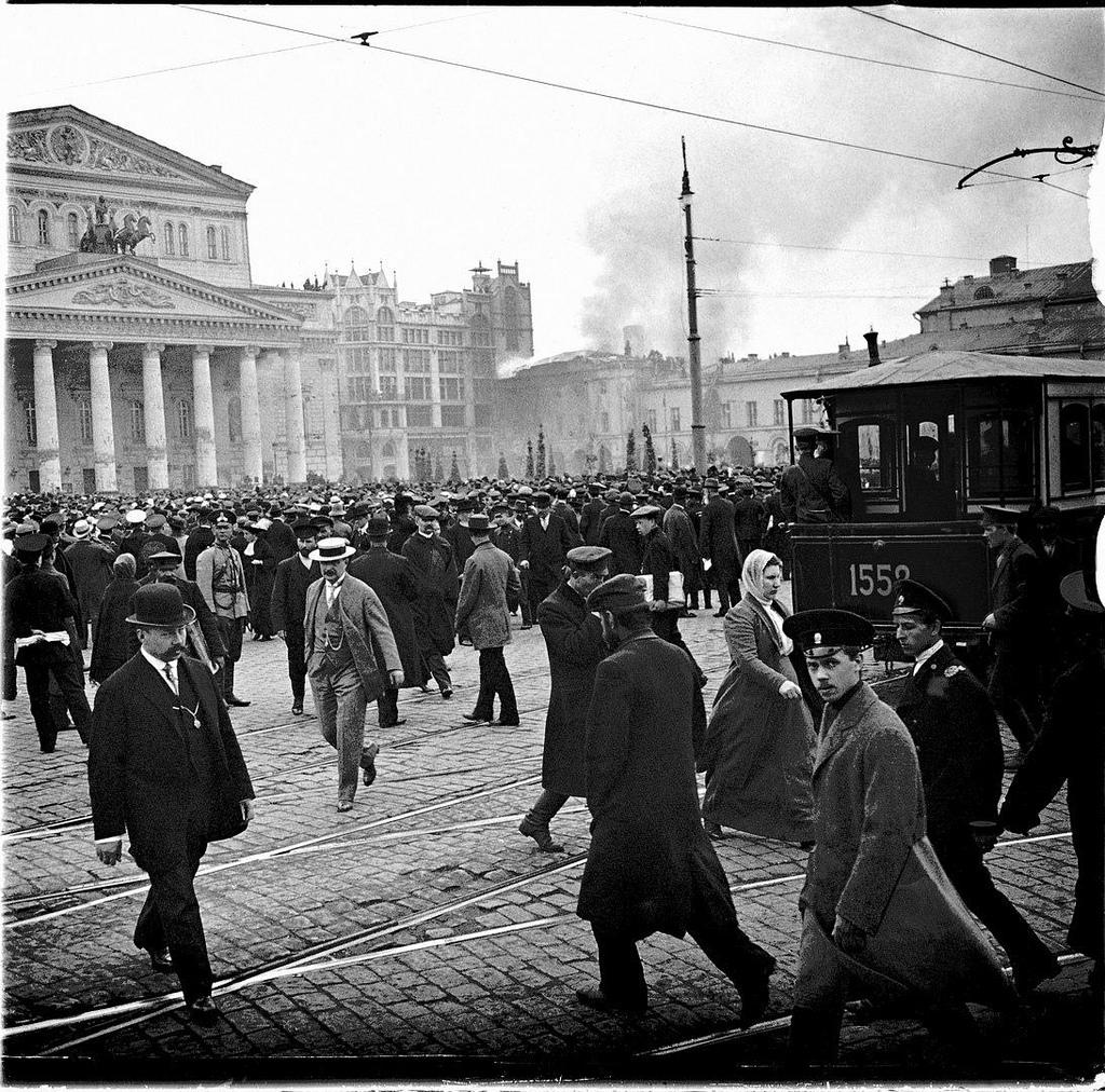 Театральная площадь. Пожар Малого театра. 2 мая 1914