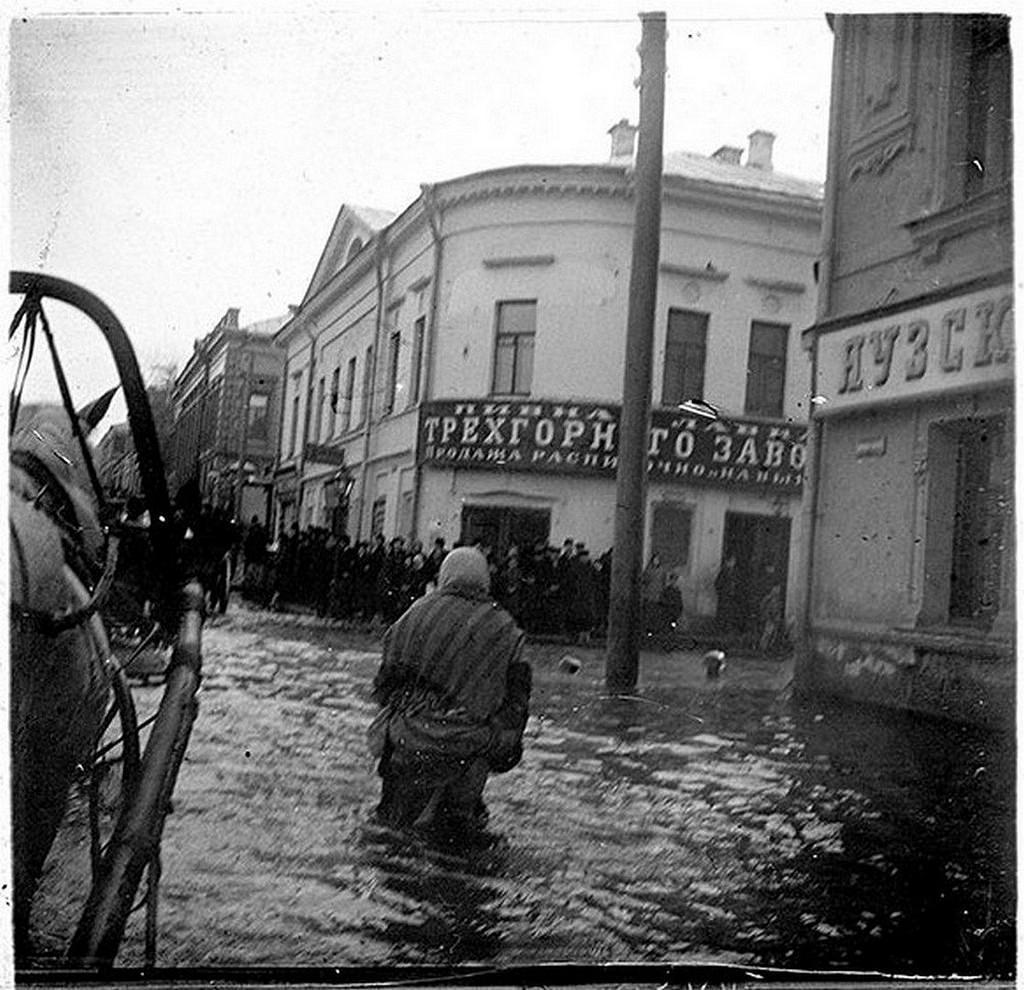 С подводы... Москва, наводнение 10-14 (23-27) апреля 1908